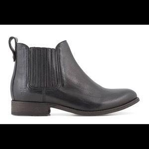 Frye Pippa Chelsea Boots